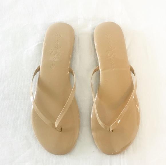 4560f947667d1 Yosi Samra Rivington Nude Patent Leather Flip Flop